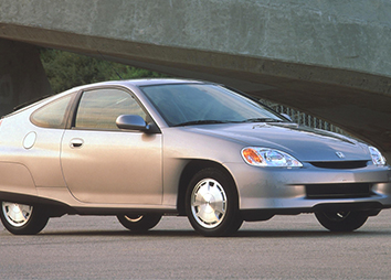 1999: The 2000 Honda Insight was the first North American gas-electric hybrid vehicle.