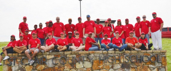 A group of volunteers from Honda Manufacturing of Alabama
