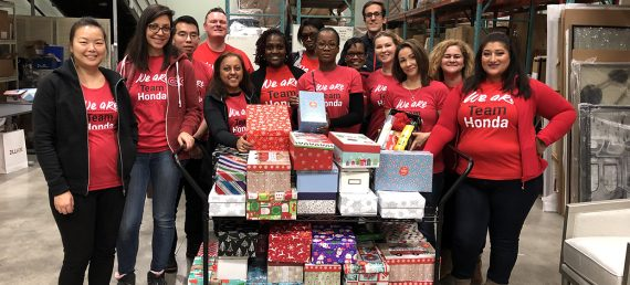 Holiday Shoeboxes Bring Cheer to Women in Need